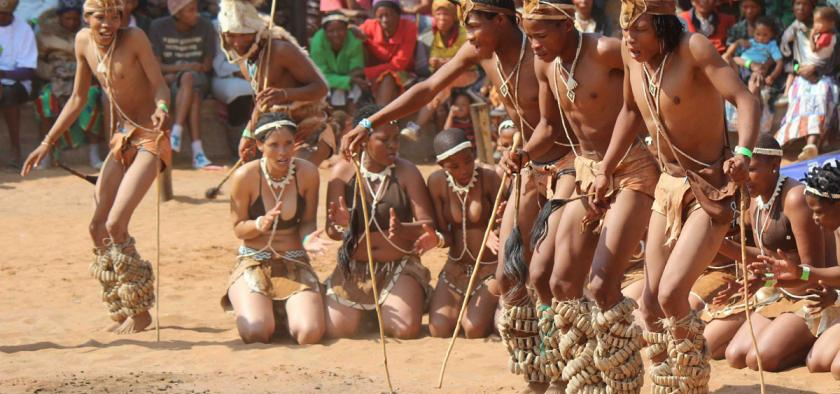 San dance groups from across southern Africa travel to the Dqãe Qa
