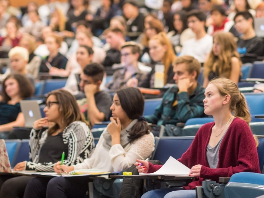 SFU students in lecture at Burnaby campus